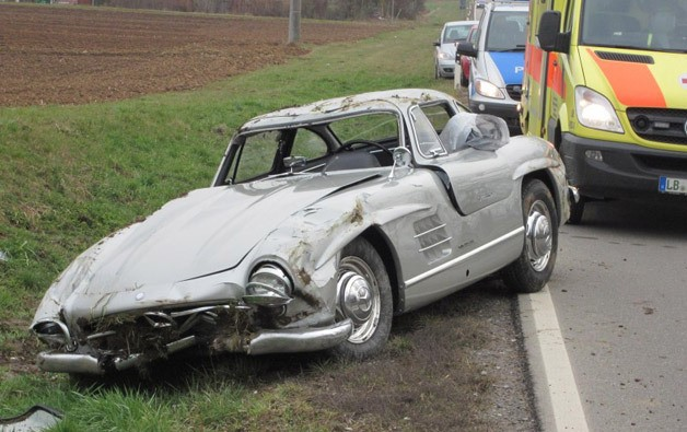 Crashed 300 Sl 628