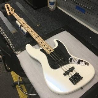 ESP Custom Shop J-4 for Jared MacEachern of Machine Head