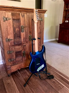 Carvin DC127, flank