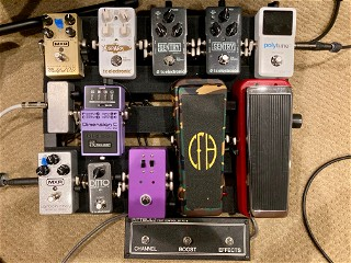 Stereo pedalboard