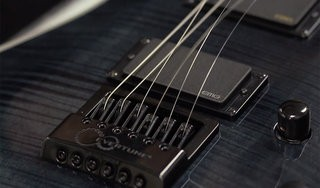 Tech Corner: EverTune - Restringing (8/8)
