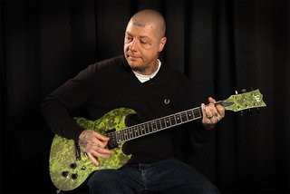 Lars Frederiksen (Rancid) Demos the LTD Volsung
