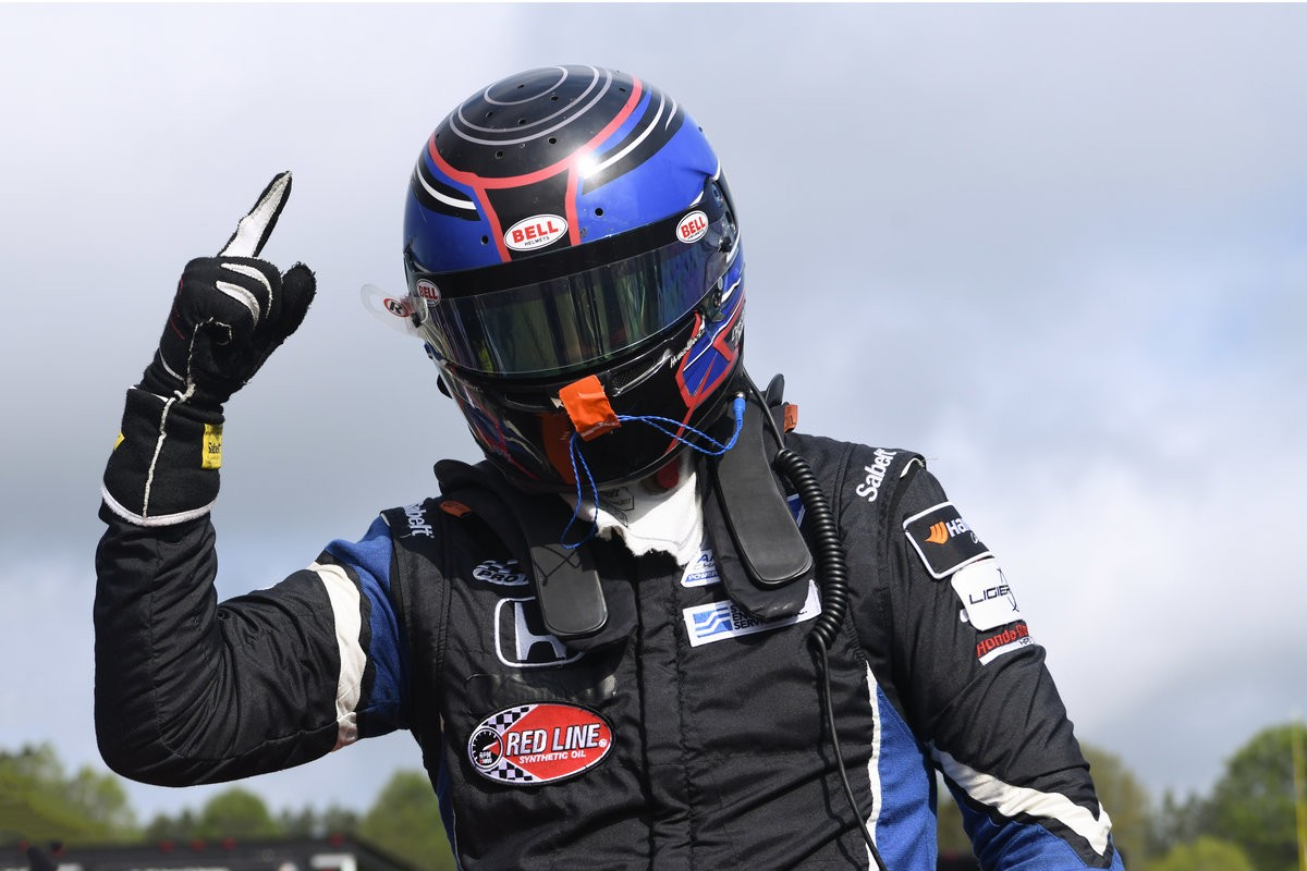 Bell Helmets Named Official Helmet Partner of F3 Americas Championship
