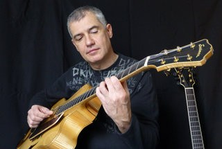 Makis Ablianitis   Ghs Strings (3)