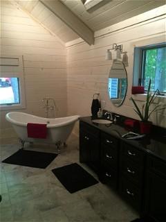 Bath Tub Sink