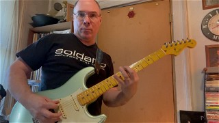 B Minor Lick teaser from my upcoming lesson video.