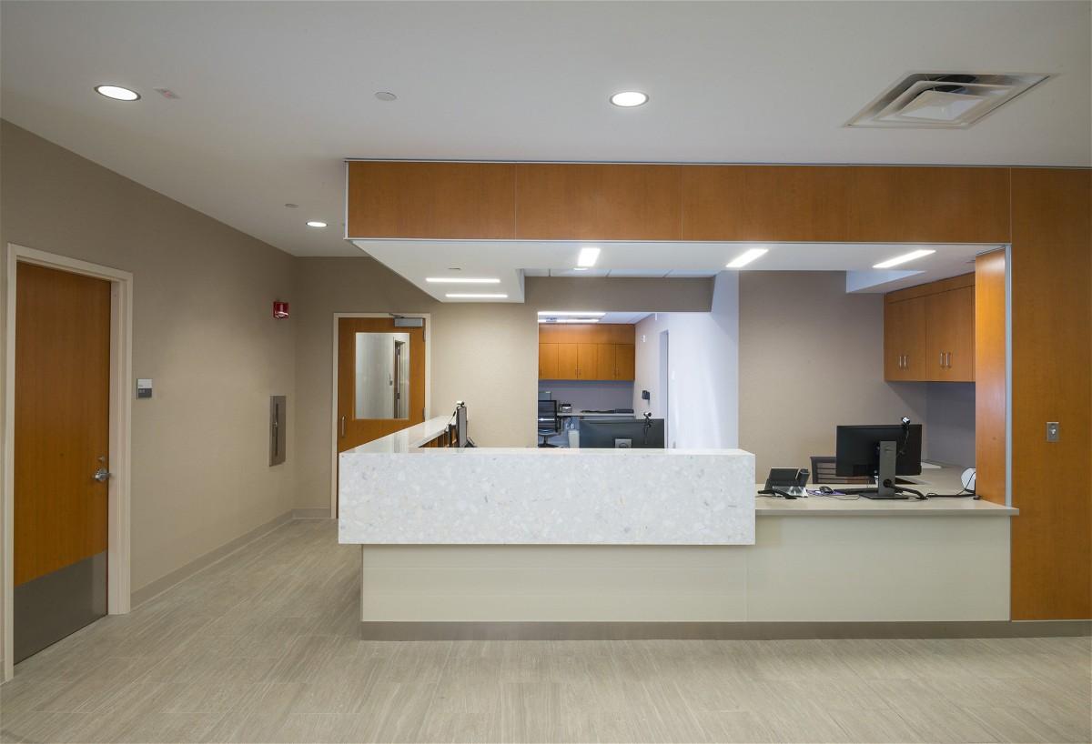 6 HCC Desk NYU-022