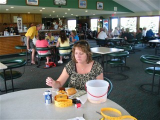 2010 Golf Outing 058