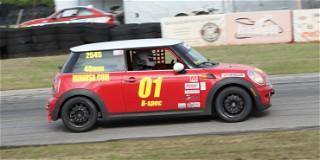 Hoosier Super Tour Hallett Motor Racing Circuit: Saturday Report