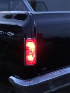 Tail light left