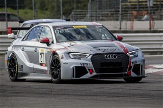 #27 Audi