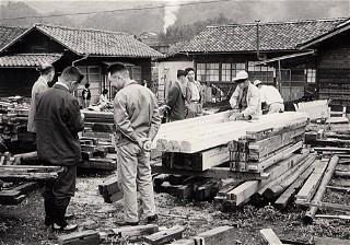 Vintage Factory 04